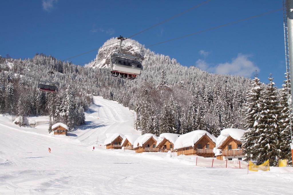 Hüttendorf direkt im Skigebiet Loser