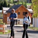 Wandern im Hüttendorf