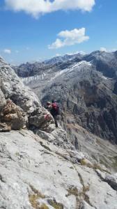 kleine Kletterpassagen sind auch dabei, Foto: Sabine Hechenberger