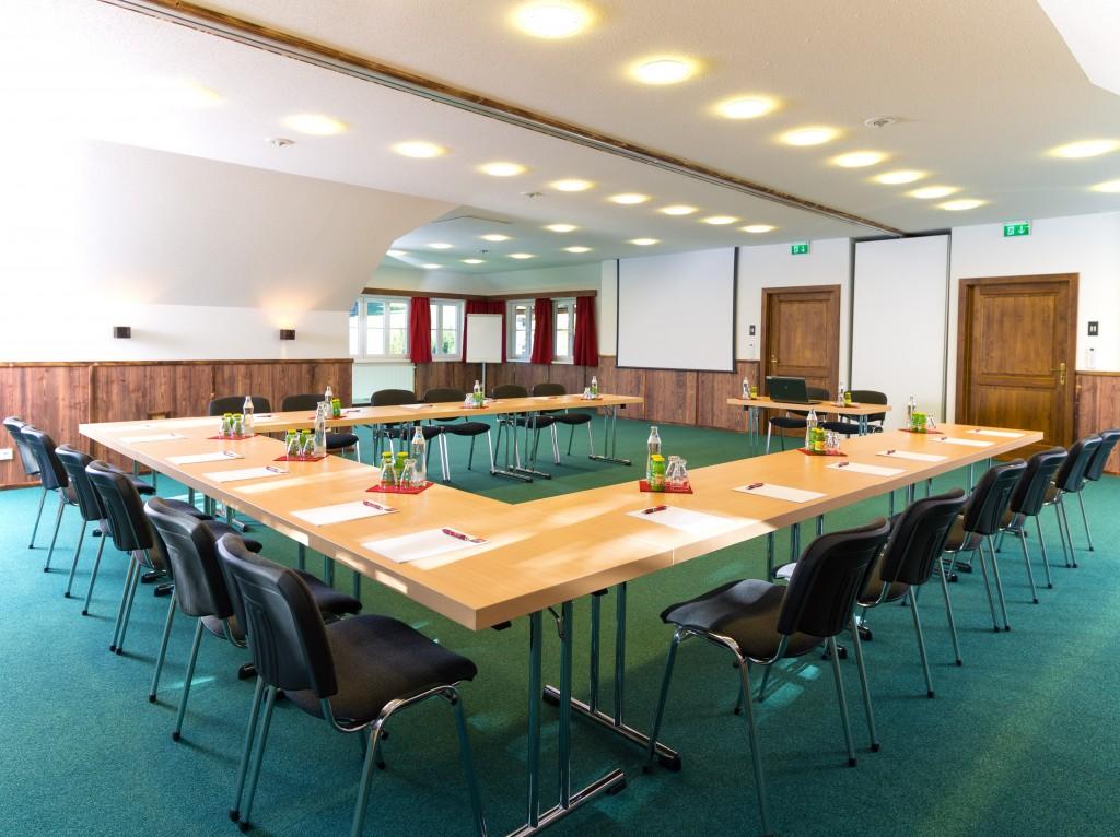 Es stehen moderne Seminarräume zur Verfügung