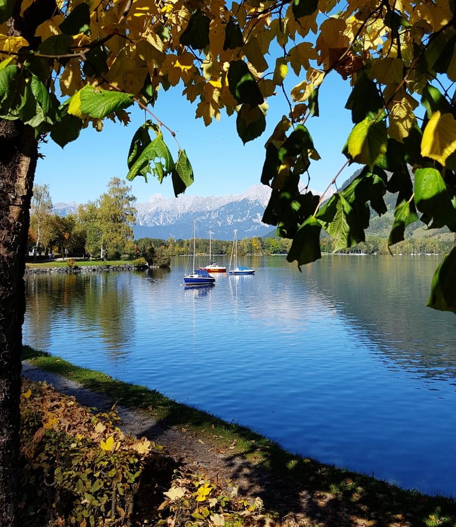 Bunte Boote am Zeller See im Pinzgau, Foto: Sabine Hechenberger