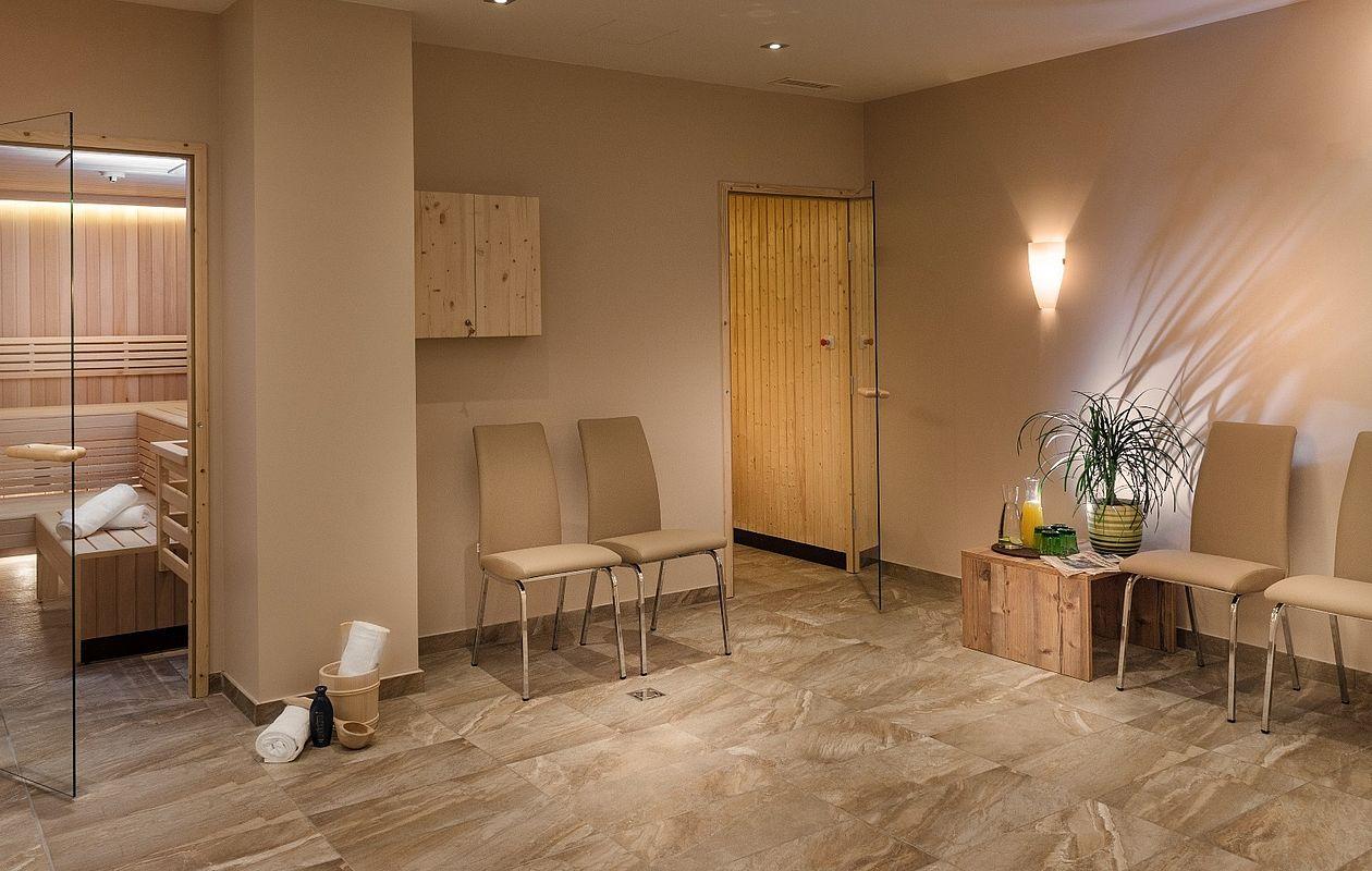 Schöner Saunabereich mit Ruhebereich