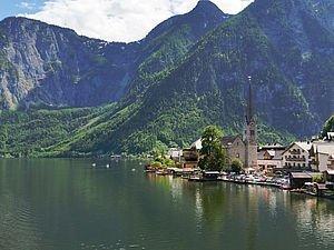 Der Weltkulturerbe-Ort Hallstatt in der Region Dachstein Salzkammergut