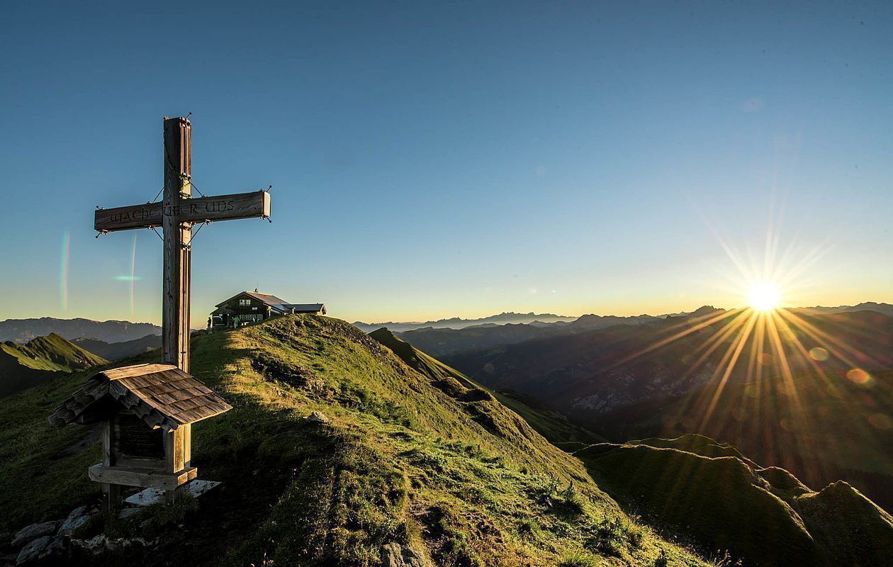 Bergsteigen ist beim Sommerurlaub in Bad Hofgastein Pflicht - AlpenParks Residence Bad Hofgastein