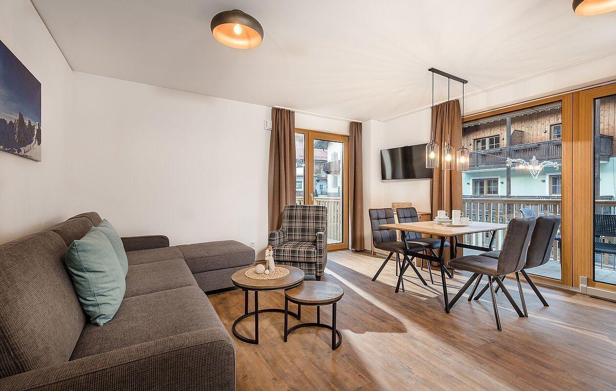 Wohn- und Essbereich im Apartment