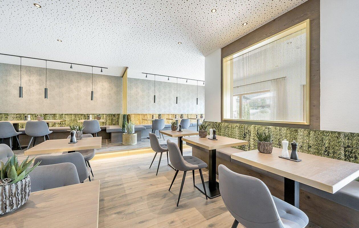 Modern eingerichtetes Bistro in Seefeld in Tirol