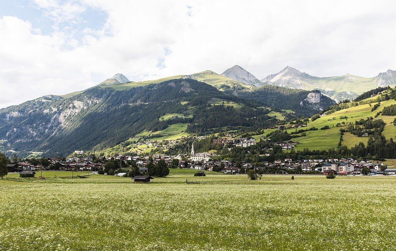 Wunderschöne Ansicht vom Ort Matrei in Osttirol
