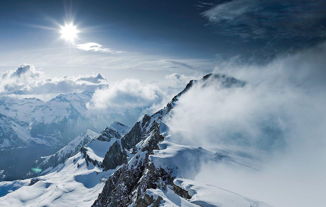 Nebelfelder mit Sonnenschein am Kitzsteinhorn