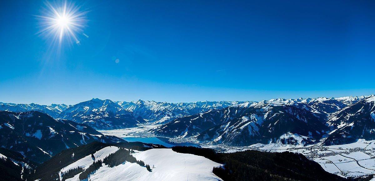 Winterpanorama der Skiregion Zell am See-Kaprun